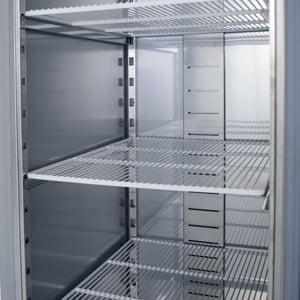 Enkelt køleskab fra Bambas til 2/1 GN hylder