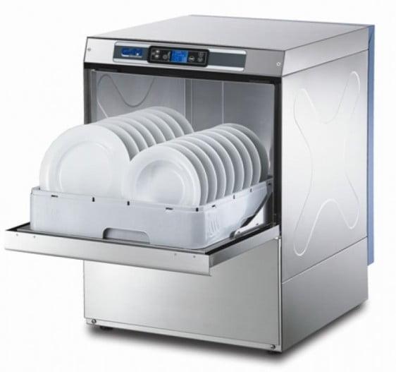 Gam industriopvaskemaskine (underbords) energivenlig