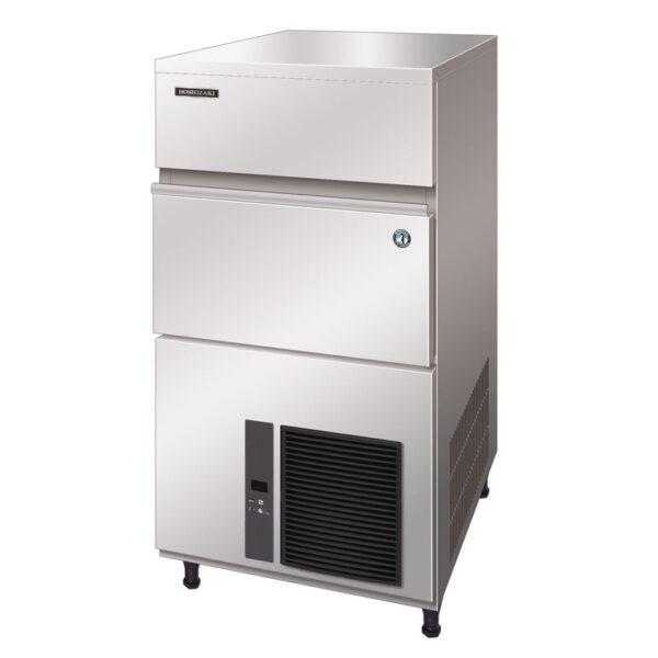 Hoshizaki er IM-100 NE er en robust maskine med kabinet i rustfrit stål, der udnytter pladsen i højden