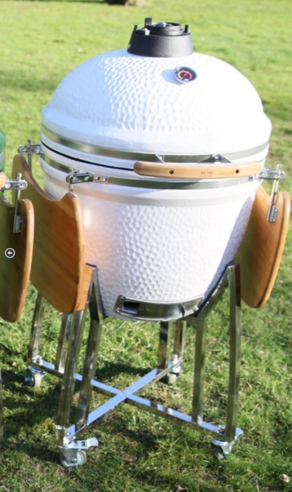 Kamado keramisk grill, med sammeklappelige sideborde
