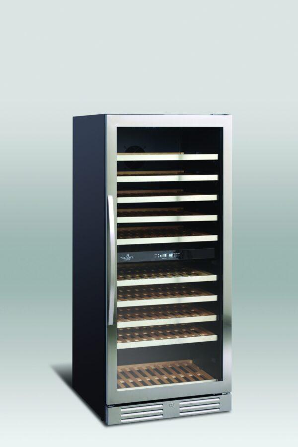 Lækkert vinkøleskab med 2 temperatur zoner fra Scandomestic, rummer op til 110 flasker