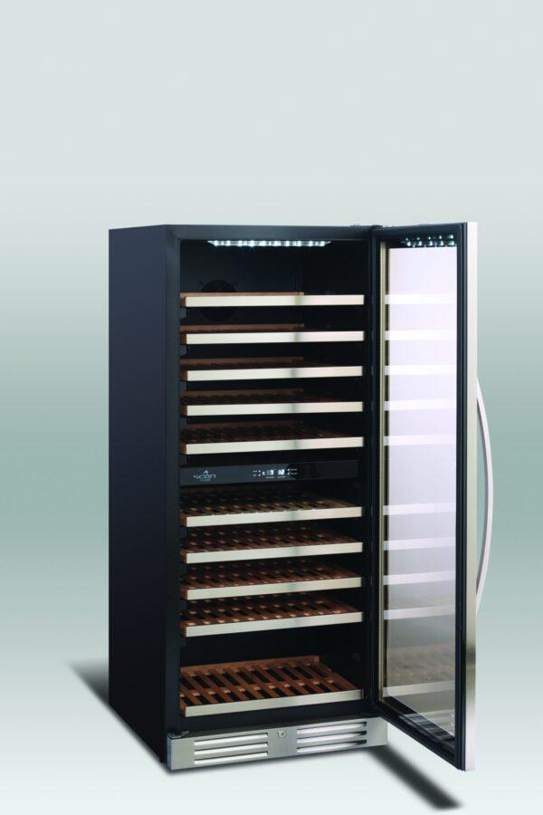 Lækkert vinkøleskab med 2 temperatur zoner fra Scandomestic, praktisk og præsentabelt vinskab