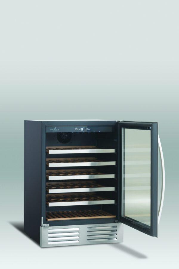 Lækkert vinkøleskab med 1 temperatur zone fra Scandomestic, præsentabel underbordsmodel
