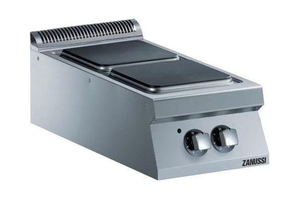 Kogebord, 2 firkantede plader, Zanussi. Kraftigt kogebord til el på 8 kW